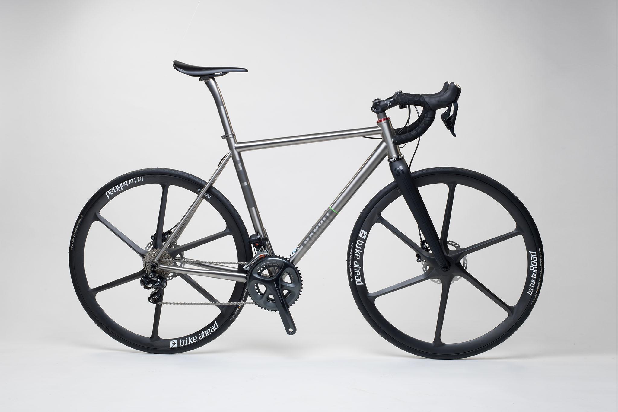 titan_road_disc_bike_ahead_carbon_wheels_14_from_rabbit_titan_cycles_bavaria