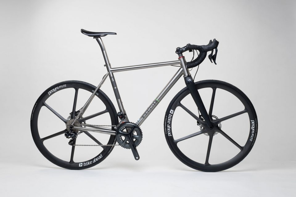 titan_road_disc_bike_ahead_carbon_wheels_15_from_rabbit_titan_cycles_bavaria