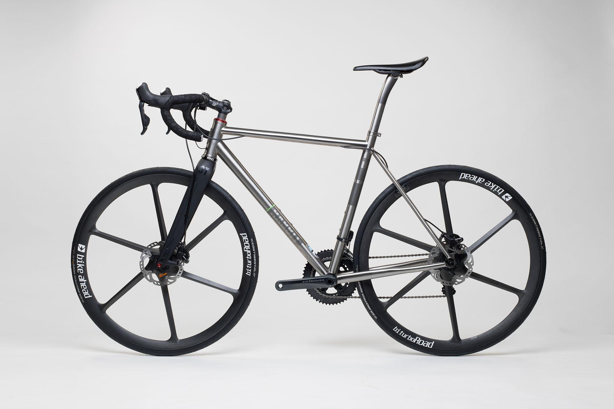 titan_road_disc_bike_ahead_carbon_wheels_17_from_rabbit_titan_cycles_bavaria