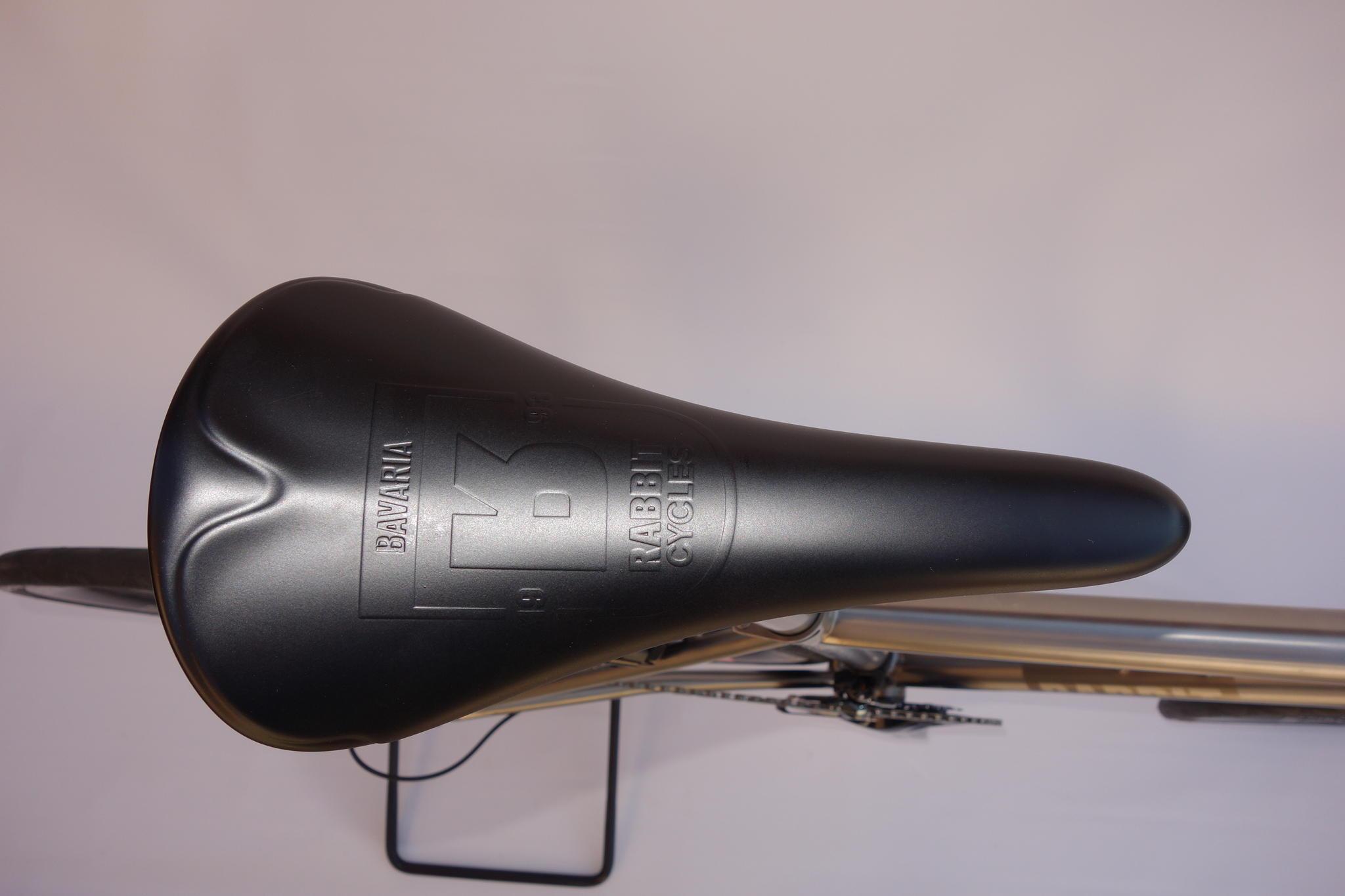 rabbit_cycles_mr_lampe_carbon_seat_dsc03043