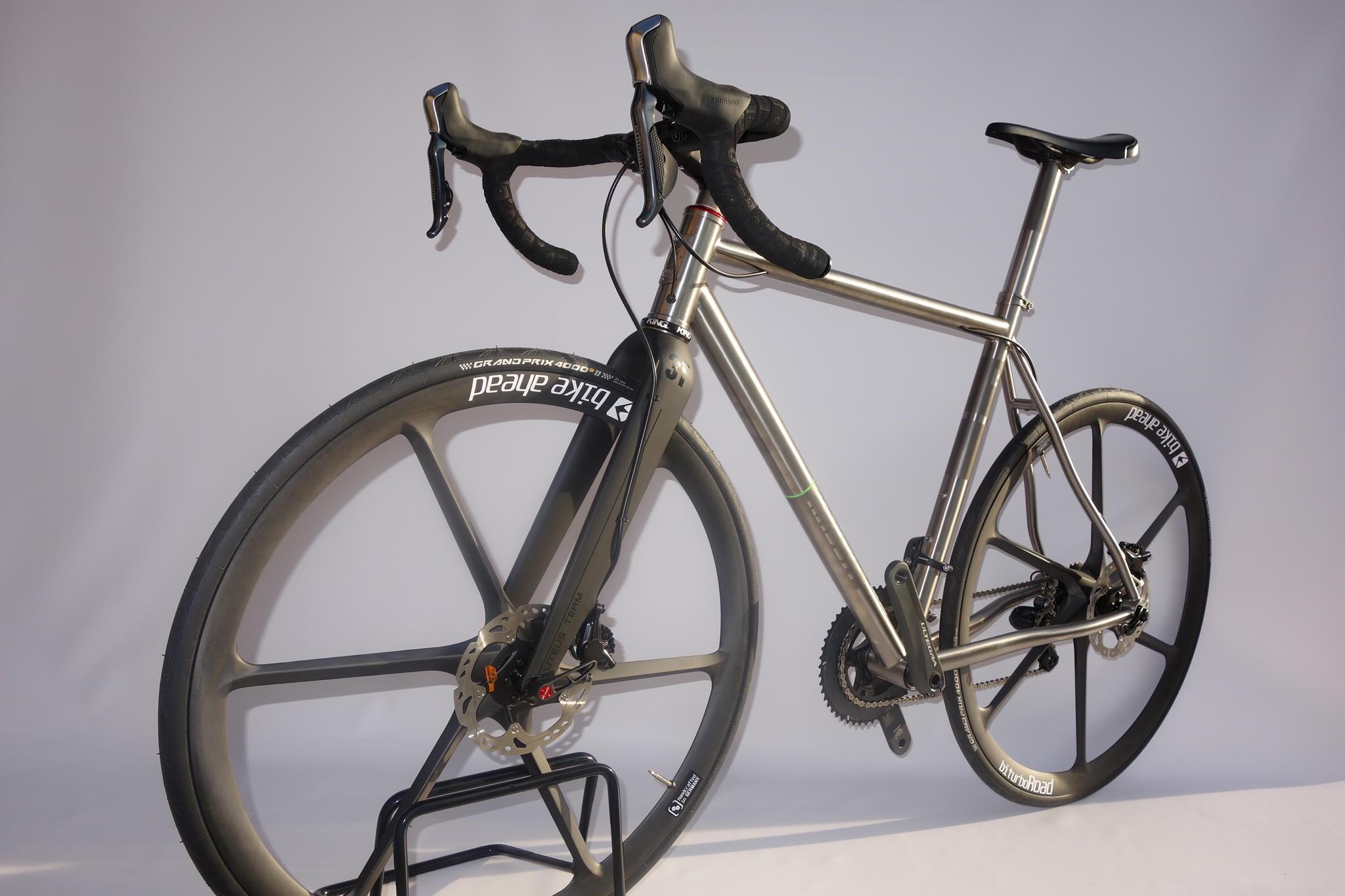 rabbit_cycles_titan_road_disc_dsc03312